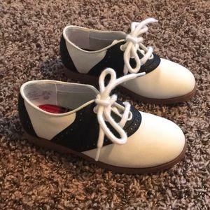 Classic girl saddle shoes size 11 1/2